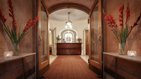 Entrance Front desk Hotel Esplanade Strandvagen Stockholm